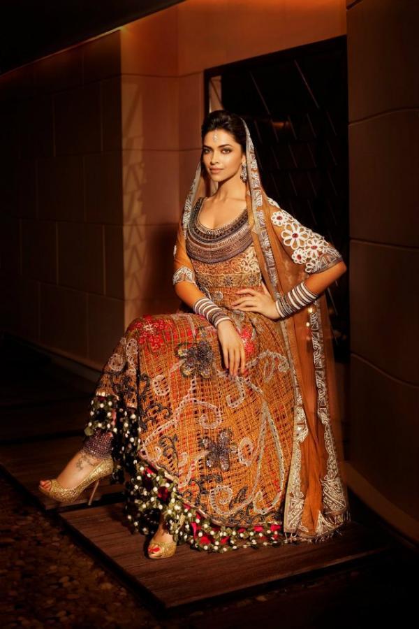 Top Bollywood Bridals Sparkles N Florals