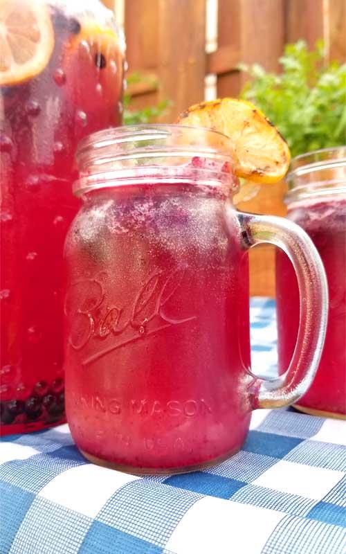 Frosty Blueberry Lemonade
