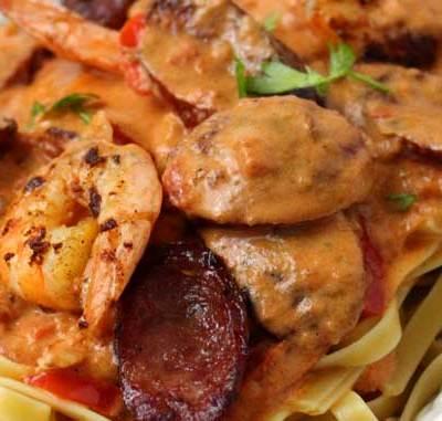 Creamy Cajun Shrimp and Sausage Pasta