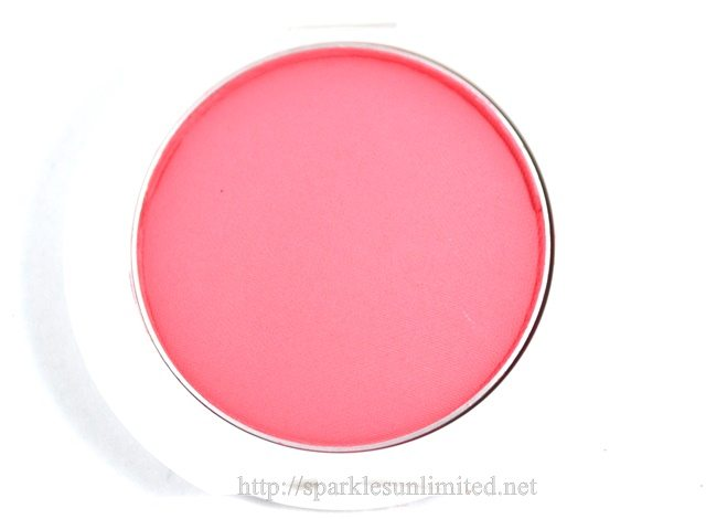 Maybelline Cheeky Glow Blush FRESH CORAL,Maybelline Cheeky Glow Blush FRESH CORAL Review,Maybelline Cheeky Glow Blush FRESH CORAL Swatches,Maybelline Cheeky Glow Blush ,Maybelline Cheeky Glow Blush Review,Maybelline Cheeky Glow Blush Swatches, MAybelline India, Maybelline Cosmetics, Maybelline Cosmetics India