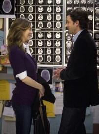 La proposta di matrimonio di Derek a Meredith. Shonda, sappi che se non ci sposeremo mai è per le aspettative irreali che ci hai dato sul genere maschile