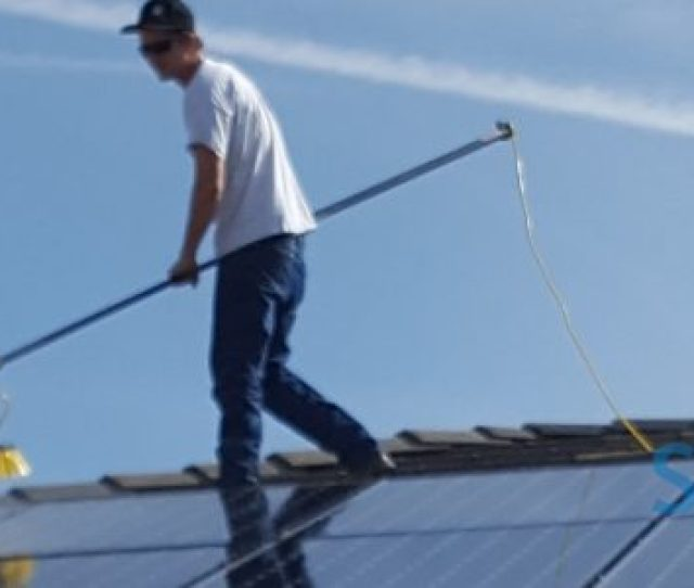 Bakersfield Solar Panel Cleaning Solar Farm Cleaning