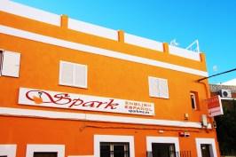 facade colour