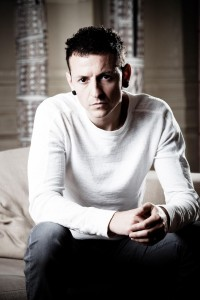 Chester-Portrait-Session-2009-chester-bennington-23895962-1707-2560