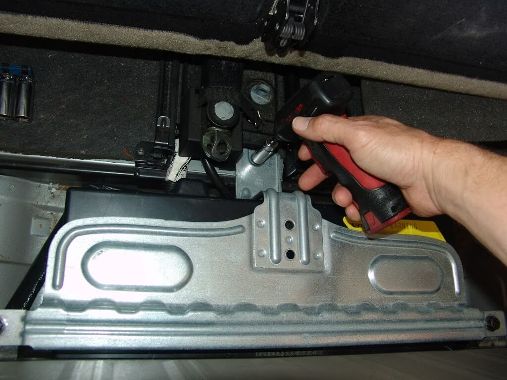 Volvo Xc90 Fuse Box Location In