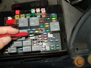 Sparky's Answers  2004 GMC Yukon, Power Windows & Seats Inop, Airbag Light Is On