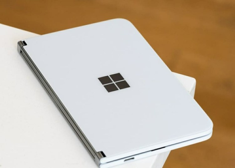 Microsoft Surface Duo Unboxing