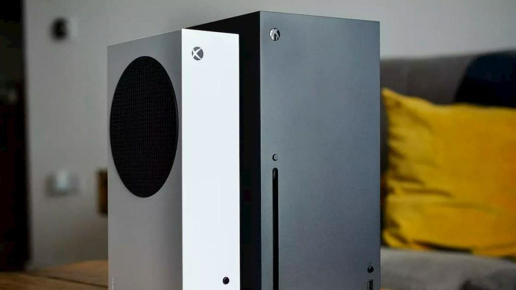 Microsoft Xbox Series X Live Photos | Microsoft Xbox Series S Live Photos
