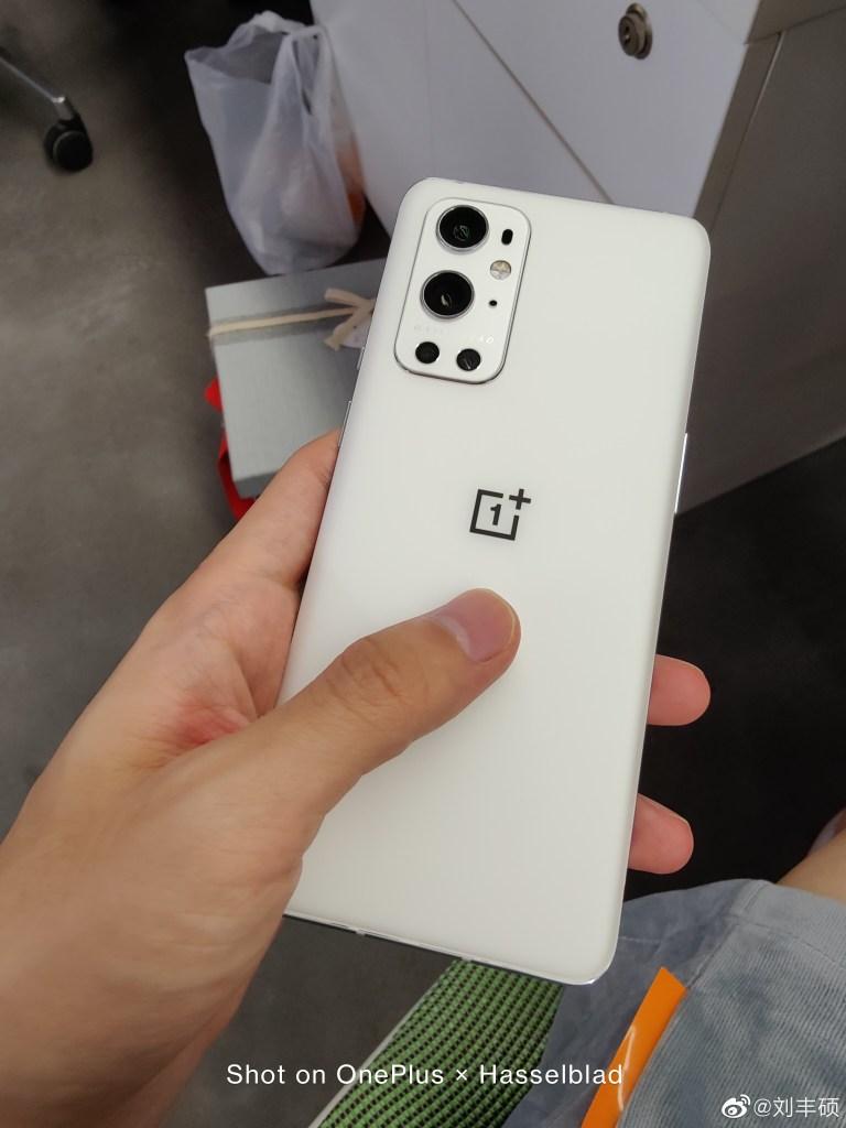 OnePlus 9 Pro Pure White Version