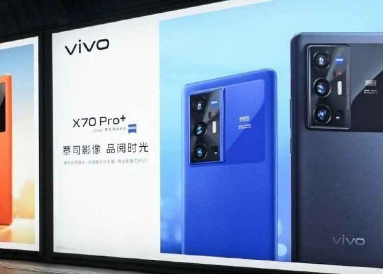 Vivo X70 Pro Plus Blue Color and Vivo V1 Real-life Photo