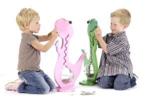 Sparschwein für Kinder als Dinosaurier