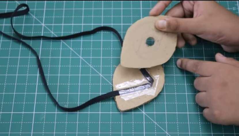 wearing mechanism