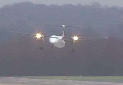 Landen in Düsseldorf bei 110 km/h Seitenwind