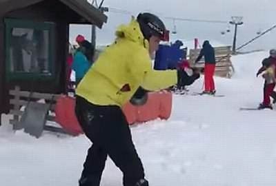 Geiler Lachflash am Snowboardlift