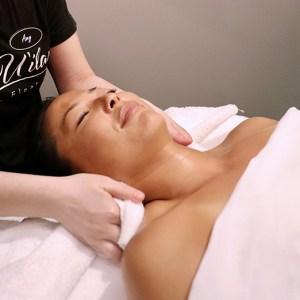 Book a massage at Spa U'ilani