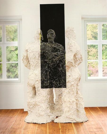 Dessi, %22Uno, due e tre%22, 2004-2005, acrilico, resina e fibra d'agave su struttura in legno, 255 x 192 x 192 cm