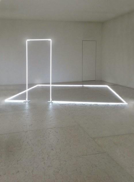 stanza silente-uberti-2001