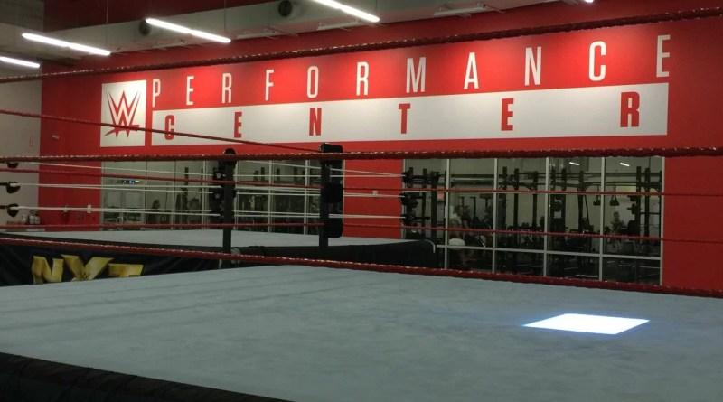 WWE: Rissa tra Becky Lynch e Charlotte Flair al Performance Center