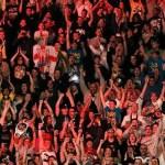 WWE: La sicurezza ha distribuito degli interessanti cartelli durante la puntata di RAW