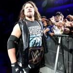 WWE: AJ Styles difende Brock Lesnar