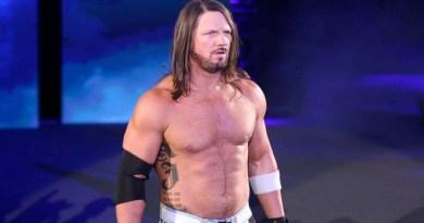 WWE: Aggiornamenti importanti sul contratto di AJ Styles