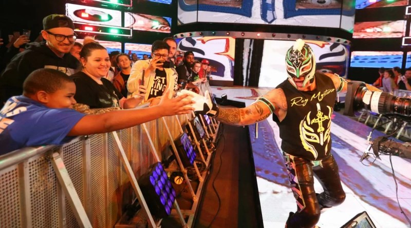 WWE: 3 possibili feud per Rey Mysterio