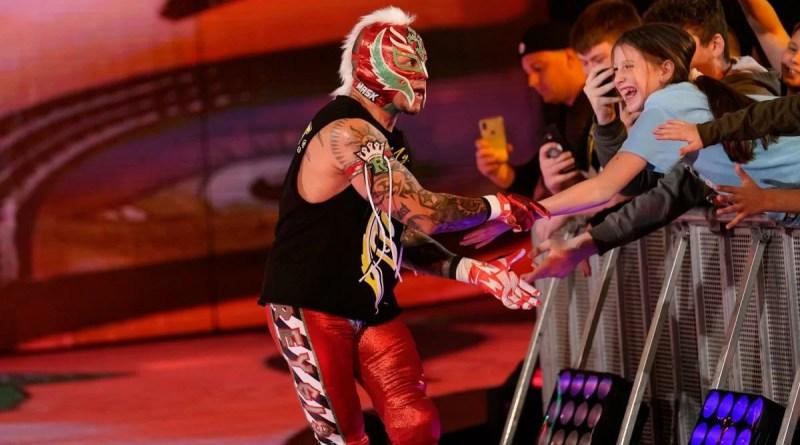 """Rey Mysterio: """"Triple H sta facendo un lavoro incredibile a NXT"""""""