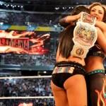 WWE: Possibile ragione per cui The Iconics sono diventate campionesse a Wrestlemania 35