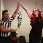 WWE: Maria Kanellis posa con il 24/7 Championship (FOTO)