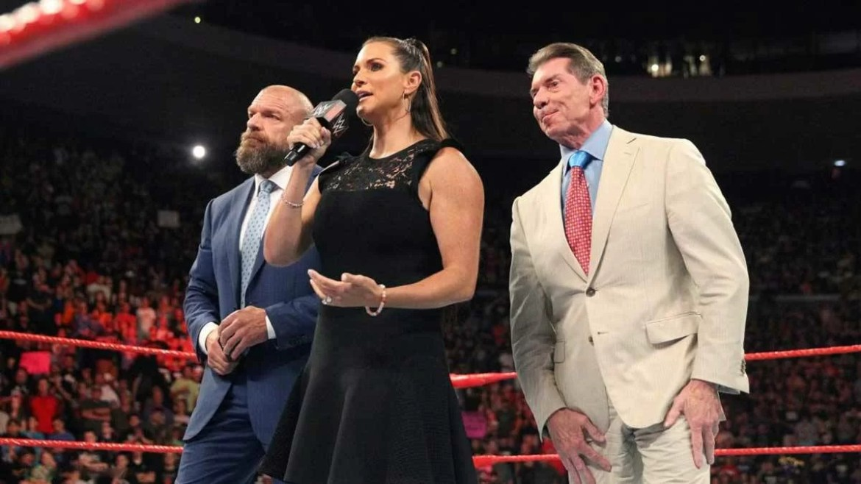 WWE: Rivelati gli stipendi di, Vince McMahon, Triple H e Stephanie McMahon