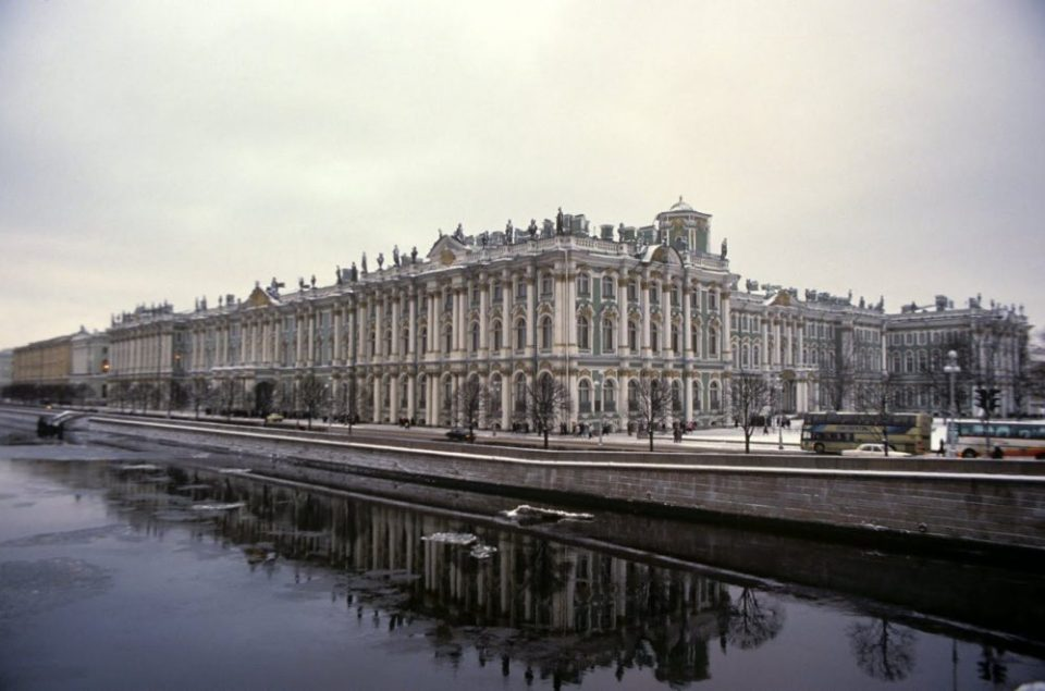 Ностальгия по СССР:  В Ленинграде 90-х