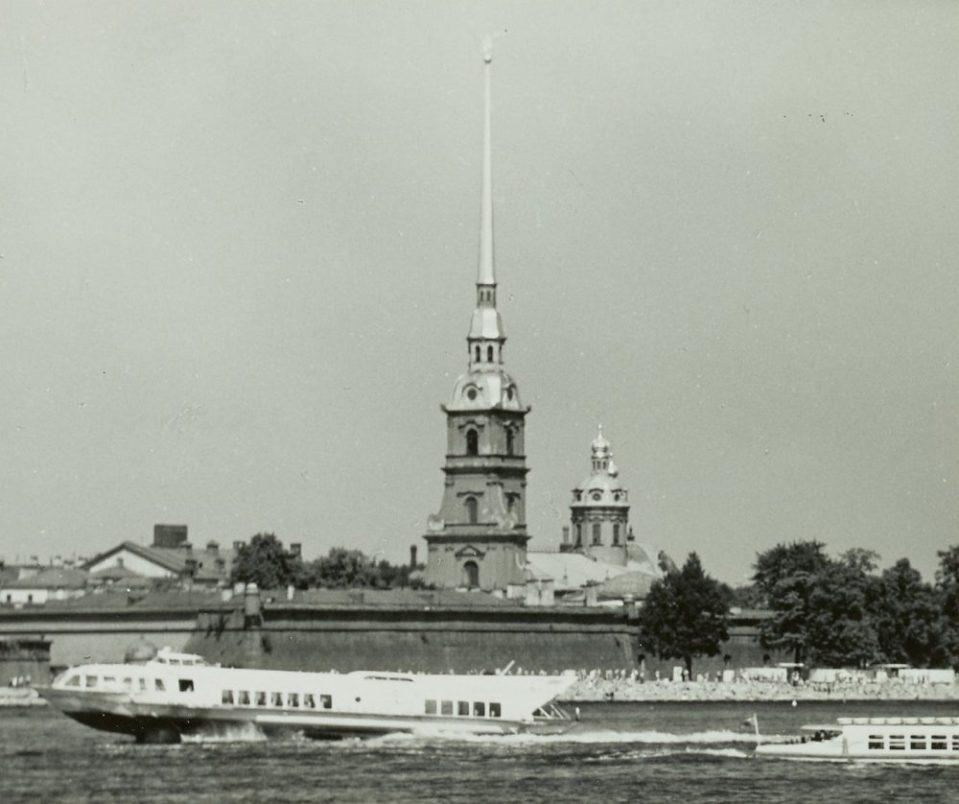 1971. Корабль на подводных крыльях