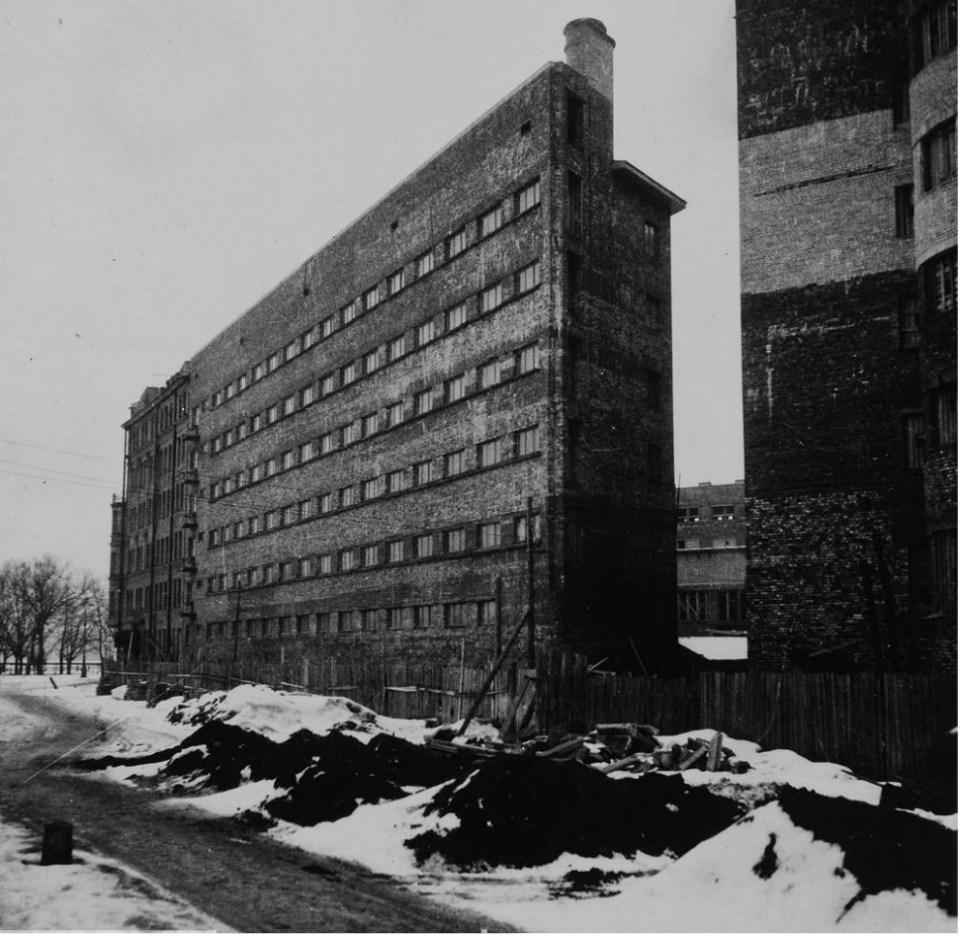Жилой дом Общества бывших политкаторжан. Внешний вид, фасад (1932)