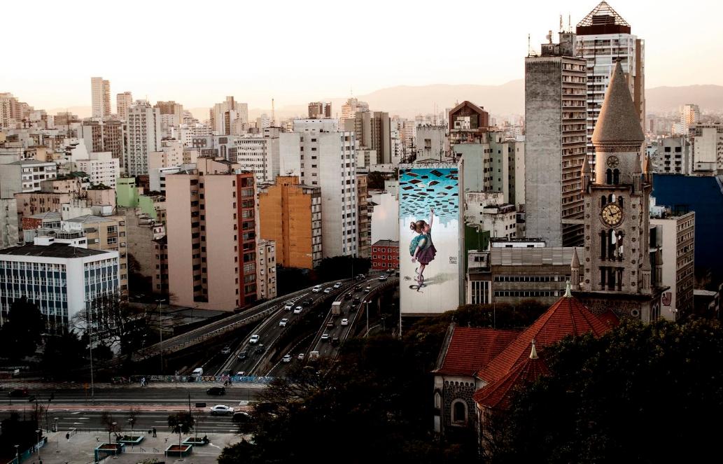 Iniciativa coletiva de 5 artistas urbanos renomados realiza exposição em Pinheiros