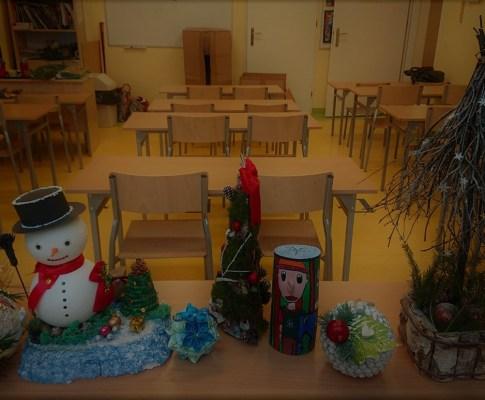 Szkolny konkurs na ozdobę świąteczną.
