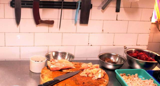 Kolkata Restaurant Eau Chew