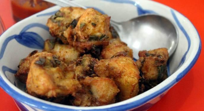 Crispy Chicken Eau Chew Restaurant Kolkata