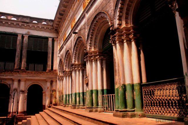 Serampore Rajbari Inner Courtyard