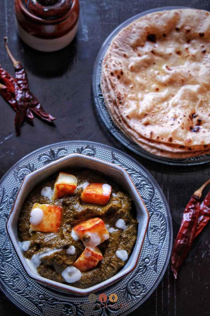 Restaurant style Punjabi Palak Paneer recipe