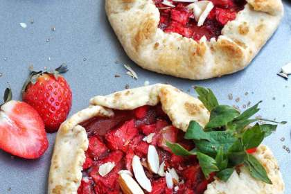 Eggless Strawberry Galette Recipe