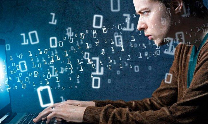 Профессии в отрасли Информационных Технологий (IT)