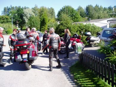 I Degerfors stannade vi till hos Sten och Anita dit Erling och Gudrun redan kommit.