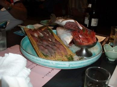 Alltför ofta var det rå fisk som serverades.