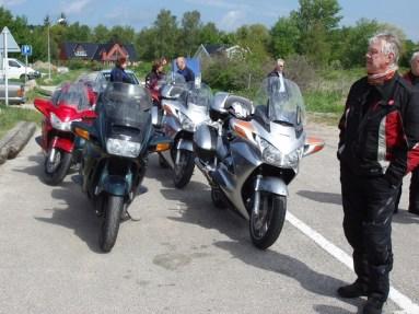 På lördagen var vi några som körde en tur efter prästkragevägarna på Sjelland