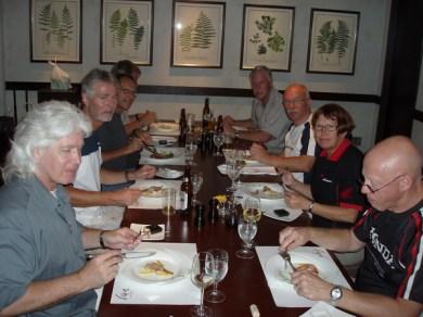 Tillbaka till hotellet i Tokyo sent på kvällen och där hade Yoshi beställt bord på Italiensk restaurang.