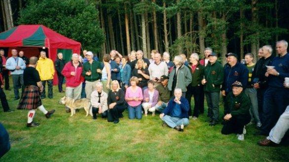 Dessa medlemmar ur Skotska Pan-Clan bjöd oss alla på grillpaty.