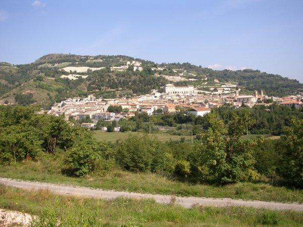 Vacker vy någonstans i mellersta Italien