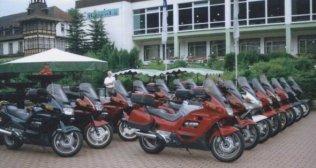 Den obligatoriska bilden. Pannorna på plats framför hotellet. Alla utom tre Bilden insänd av Olle Anselius