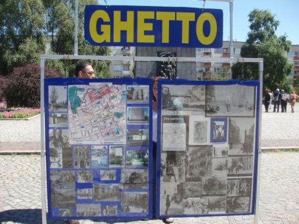 Vi besökte många historiska och intressanta platser.