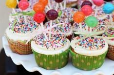 stephsshower_may2012_cupcakes_closeuphorizontal_5001
